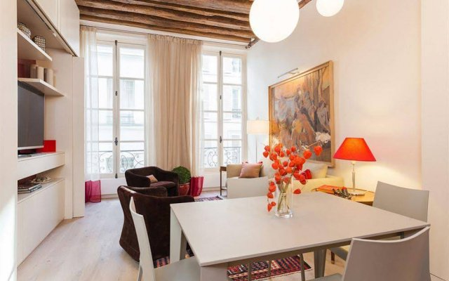 Апартаменты Private Apartments Mabillon Париж комната для гостей
