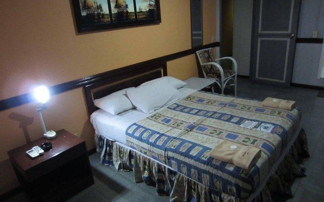 Отель The Southern Cross Hotel Филиппины, Манила - отзывы, цены и фото номеров - забронировать отель The Southern Cross Hotel онлайн вид на фасад