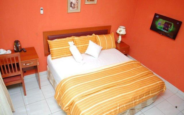 Millicent Hotel and Suites комната для гостей