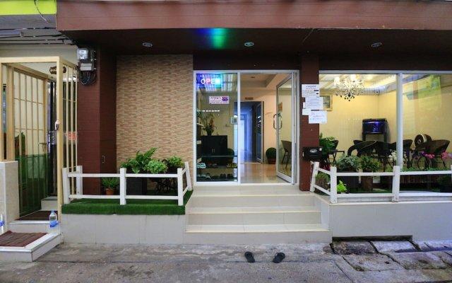 Отель Bann Bunga вид на фасад