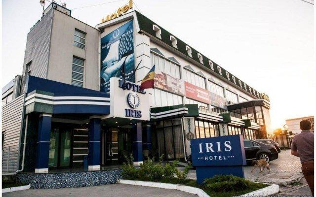 Отель Ирис вид на фасад