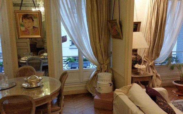 Отель B&B Legendre Франция, Париж - отзывы, цены и фото номеров - забронировать отель B&B Legendre онлайн комната для гостей