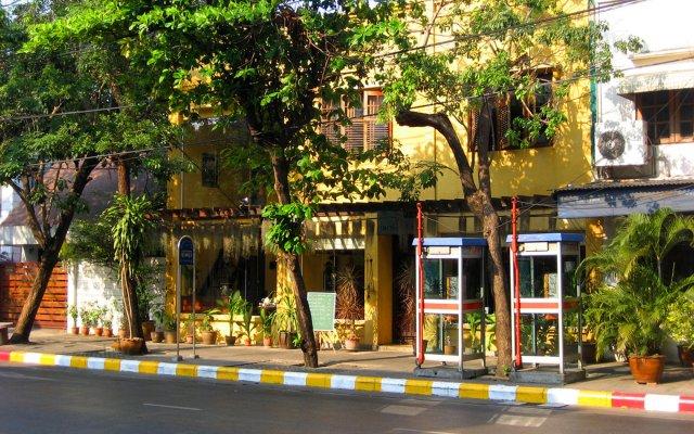 Отель Old Capital Bike Inn вид на фасад