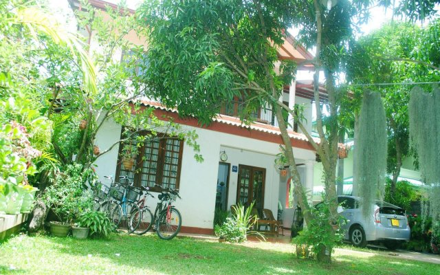 Отель Villu Villa вид на фасад
