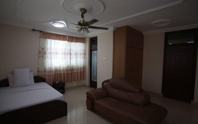Отель X-Class Guesthouse by BWHospitality Гана, Мори - отзывы, цены и фото номеров - забронировать отель X-Class Guesthouse by BWHospitality онлайн комната для гостей