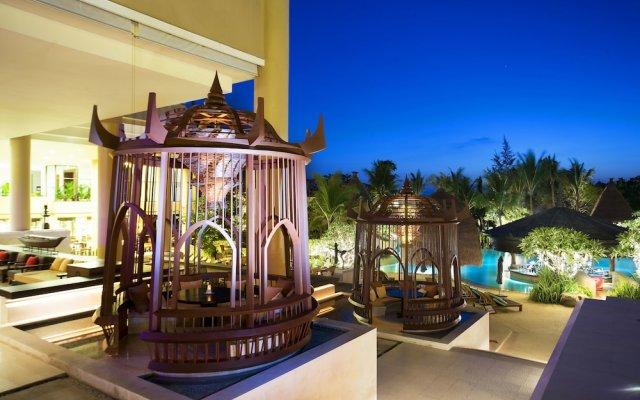 Отель Movenpick Resort & Spa Karon Beach Phuket вид на фасад