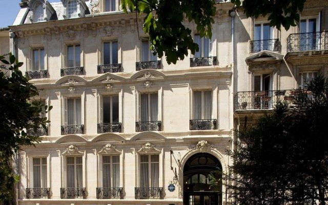 Отель Jardin De Neuilly Нёйи-сюр-Сен вид на фасад