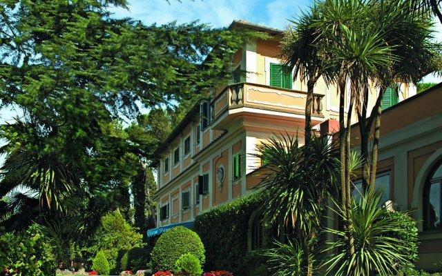 Отель Grand Hotel Villa Fiorio Италия, Гроттаферрата - отзывы, цены и фото номеров - забронировать отель Grand Hotel Villa Fiorio онлайн вид на фасад