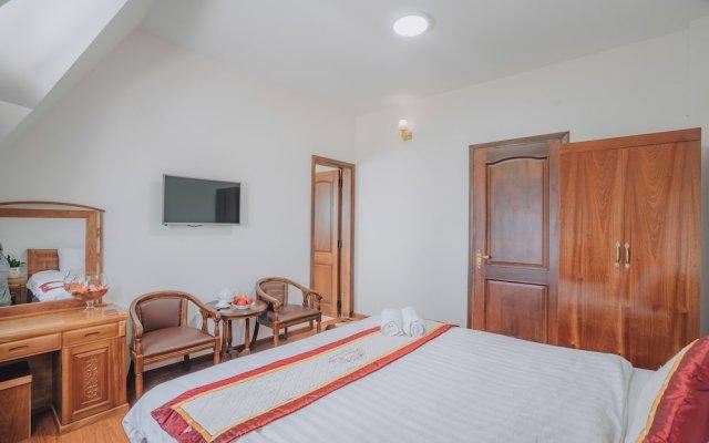 Отель Flora Villa Далат комната для гостей
