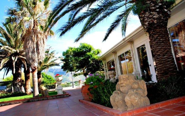 Отель Florio Park Hotel Италия, Чинизи - отзывы, цены и фото номеров - забронировать отель Florio Park Hotel онлайн вид на фасад