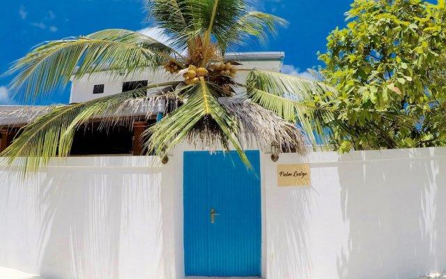 Отель Palm Lodge Остров Гасфинолу вид на фасад