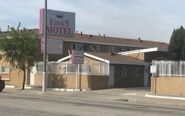 Отель Kings Motel Inglewood США, Инглвуд - отзывы, цены и фото номеров - забронировать отель Kings Motel Inglewood онлайн вид на фасад
