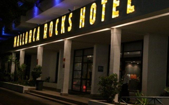 Mallorca Rocks Hotel вид на фасад