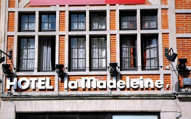 Отель Madeleine Budget Rooms Grand Place вид на фасад