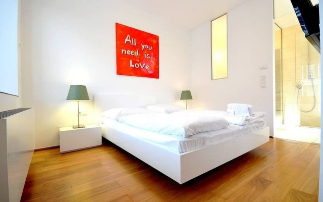 Апартаменты Vienna Residence Stylish Apartment for two People in the Center of Vienna Вена вид на фасад