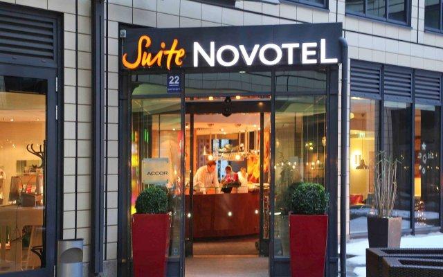 Отель Novotel Suites München Parkstadt Schwabing Германия, Мюнхен - 9 отзывов об отеле, цены и фото номеров - забронировать отель Novotel Suites München Parkstadt Schwabing онлайн вид на фасад