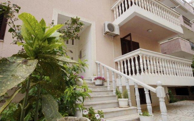 Отель Glomazic Черногория, Будва - отзывы, цены и фото номеров - забронировать отель Glomazic онлайн вид на фасад