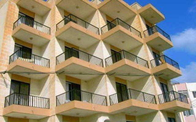 Апартаменты Shamrock Apartments Каура вид на фасад