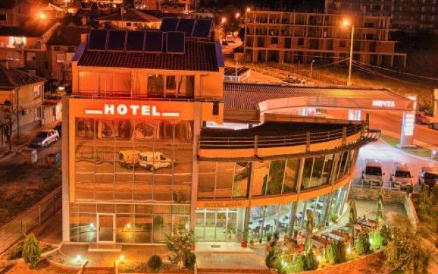 Отель Dream Hotel Болгария, Сливен - отзывы, цены и фото номеров - забронировать отель Dream Hotel онлайн вид на фасад