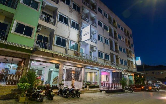 Отель Art Mansion Patong вид на фасад