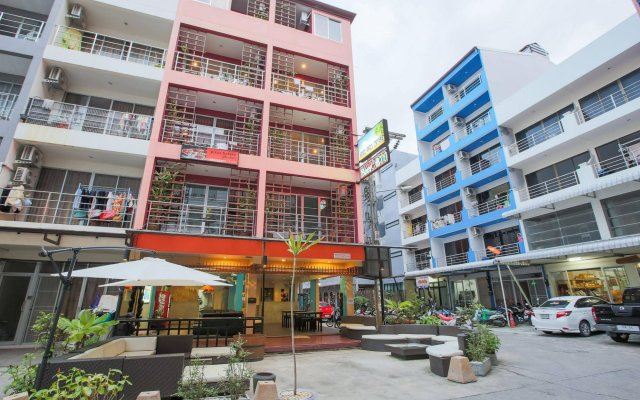 Отель Cool Sea House вид на фасад