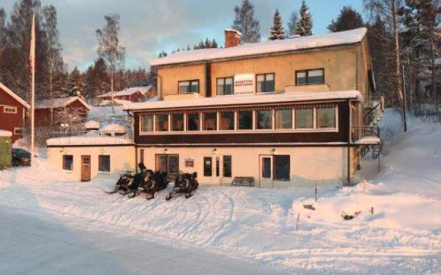 Отель Pensionat BjÖrken вид на фасад