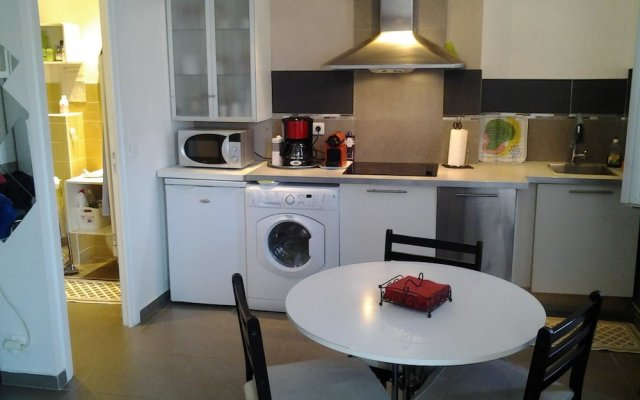 Studio in Cannes, With Wifi - 250 m From the Beach 1