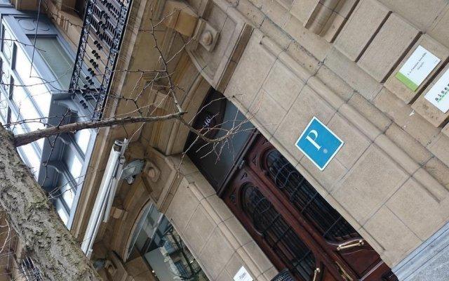 Отель Pension Lo-Egin Испания, Сан-Себастьян - отзывы, цены и фото номеров - забронировать отель Pension Lo-Egin онлайн вид на фасад