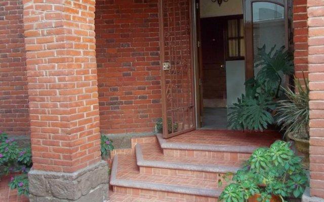 Отель Hostal La Encantada Мексика, Мехико - 1 отзыв об отеле, цены и фото номеров - забронировать отель Hostal La Encantada онлайн вид на фасад