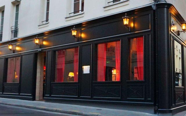 Отель Hôtel De Jobo Париж вид на фасад