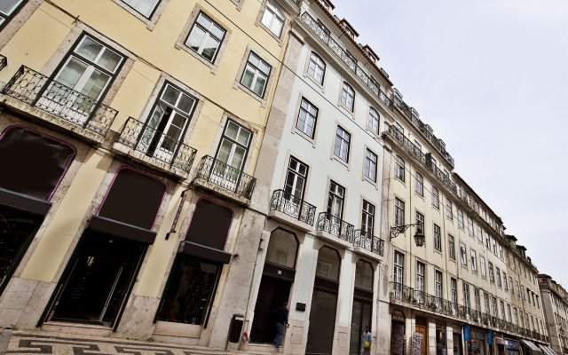 Отель Lisbon Five Stars Fanqueiros 112 вид на фасад