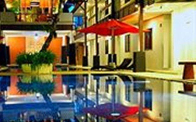 Отель Surintra Boutique Resort вид на фасад
