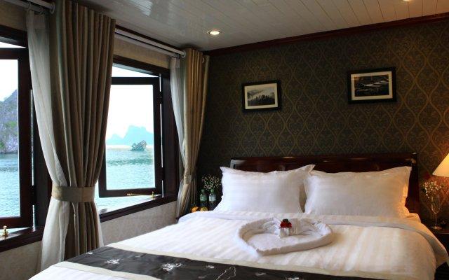 Отель Phoenix Luxury Cruise комната для гостей