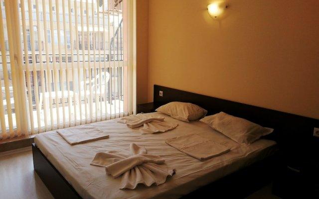 Апартаменты Menada Sunset Beach 4 Apartments комната для гостей