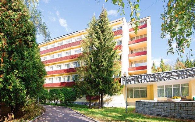 Гостиница Zvenigorodskiy Sanatorium вид на фасад