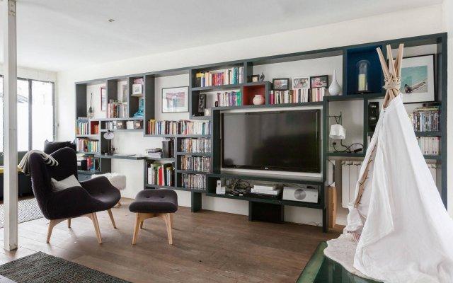 Отель onefinestay - Batignolles Apartments Франция, Париж - отзывы, цены и фото номеров - забронировать отель onefinestay - Batignolles Apartments онлайн комната для гостей