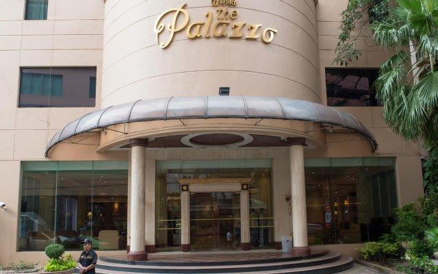 Palazzo Hotel вид на фасад