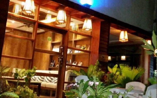 Отель Eureka Airport Inn Мальдивы, Мале - отзывы, цены и фото номеров - забронировать отель Eureka Airport Inn онлайн вид на фасад