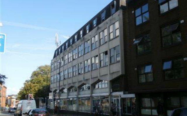 Отель Kensal Green Backpackers 1 Великобритания, Лондон - 2 отзыва об отеле, цены и фото номеров - забронировать отель Kensal Green Backpackers 1 онлайн вид на фасад