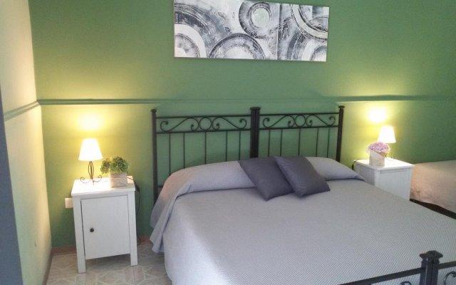 Отель I Marinaretti Сиракуза комната для гостей