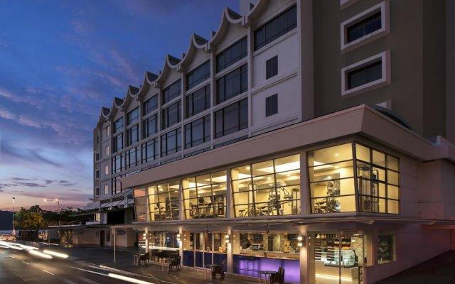 Отель Hyatt Regency Kinabalu Малайзия, Кота-Кинабалу - отзывы, цены и фото номеров - забронировать отель Hyatt Regency Kinabalu онлайн вид на фасад