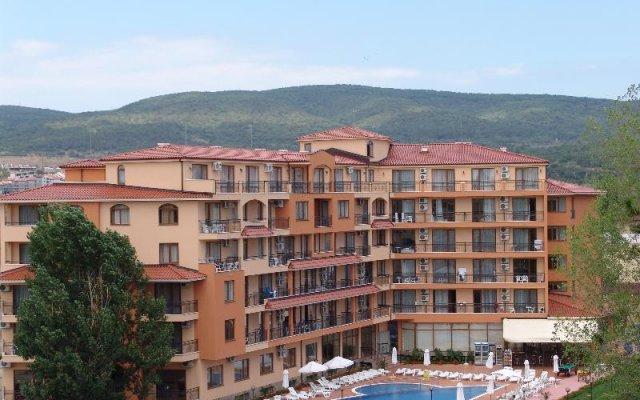 Отель Happy Sunny Beach Солнечный берег вид на фасад