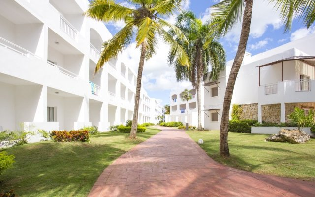 Отель Be Live Canoa - Все включено вид на фасад