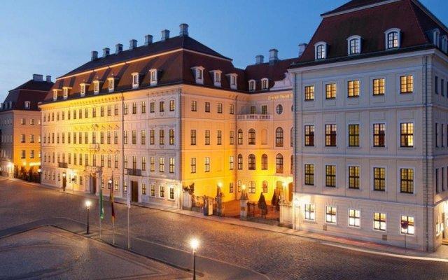 Отель Taschenbergpalais Kempinski Германия, Дрезден - 6 отзывов об отеле, цены и фото номеров - забронировать отель Taschenbergpalais Kempinski онлайн вид на фасад