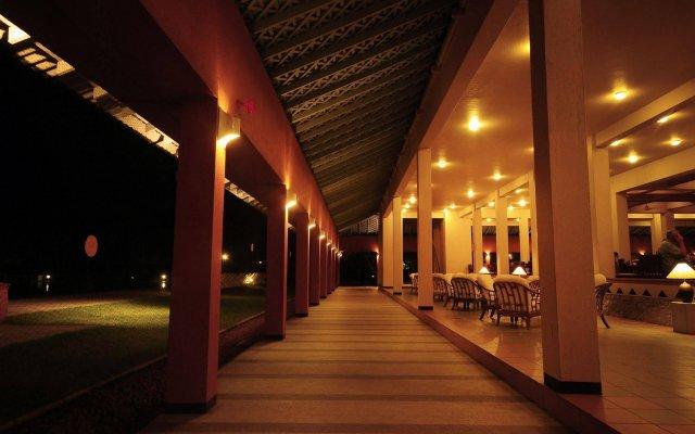 Отель Club Palm Bay вид на фасад