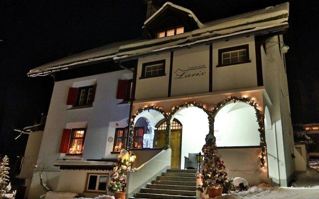 Отель Chalet-Hotel Larix Швейцария, Давос - отзывы, цены и фото номеров - забронировать отель Chalet-Hotel Larix онлайн вид на фасад