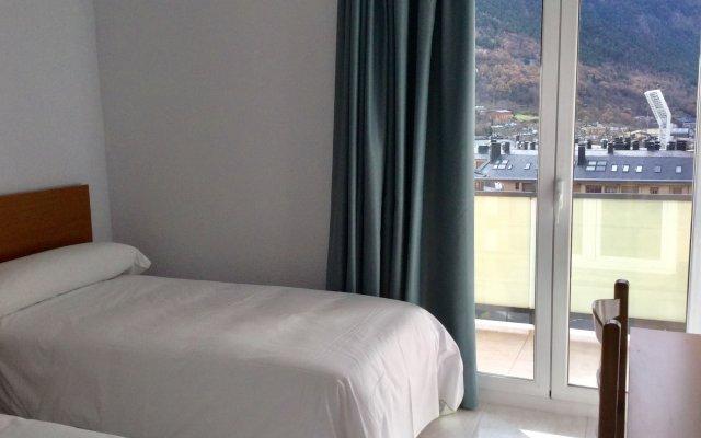 Unike Artic Hotel 2