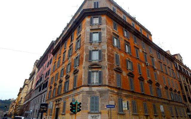 Апартаменты Sweet Rome Apartment вид на фасад