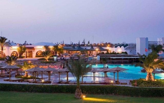 Mercure Hurghada Hotel вид на фасад