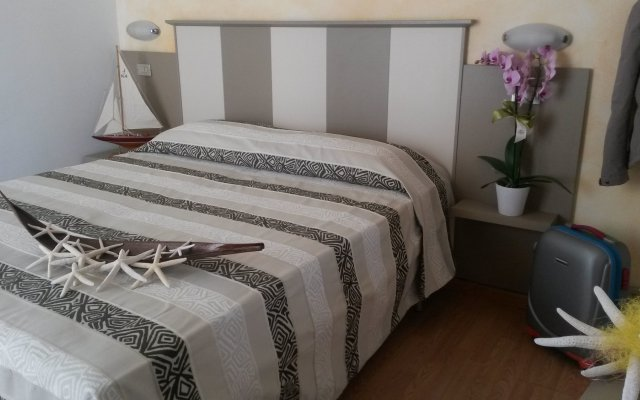 Hotel Camelia Римини комната для гостей